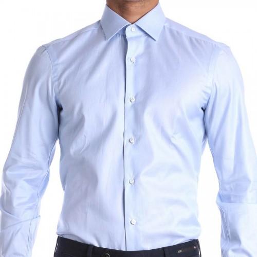 Questione di vestibilità! Camicie da uomo slim fit o regular?