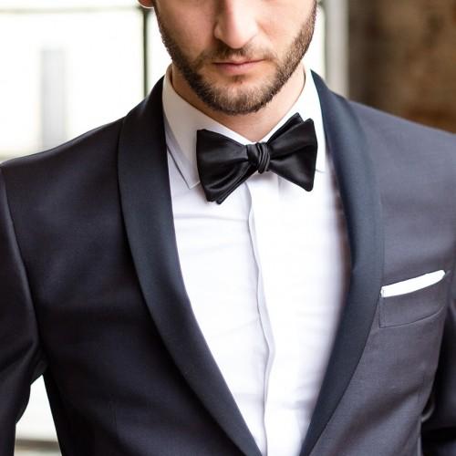 Come scegliere la camicia da cerimonia da uomo?