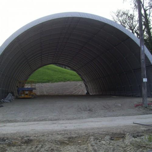 Realizzazione Di Tunnel Agricoli E Strutture Di Copertura Di Vario
